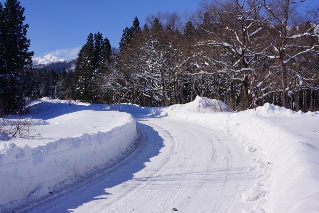 琵琶湖バレイはノーマルタイヤで行けるのか?