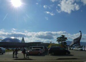 福井恐竜博物館の夏休みの混雑ぶりは?お盆や駐車場の混み具合や対策を伝授!