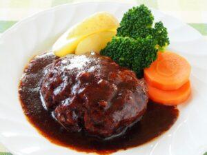 運動会お弁当で前日に作れる主菜3 ハンバーグ