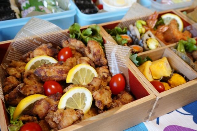 運動会のお弁当のおかずで定番は?メインになる肉や魚や海老の人気メニューやレシピを紹介