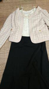 七五三母の黒スーツのコーデ ジャケットを替えると印象が変わる