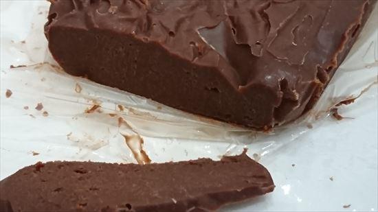 生チョコを失敗して固まらなかったときのもの ガトーショコラの材料