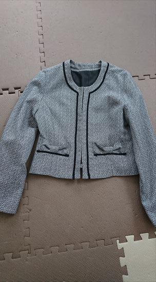 ルイルエブティックセレモニースーツ 着回し美人なアンサンブルスーツのジャケット 前