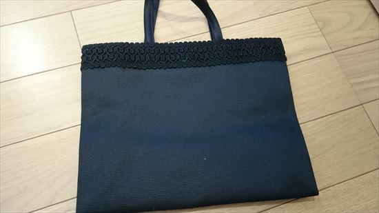 卒園式と入学式サブバッグは必要?大きさはA4?色は?エコバッグや紙袋でも大丈夫?
