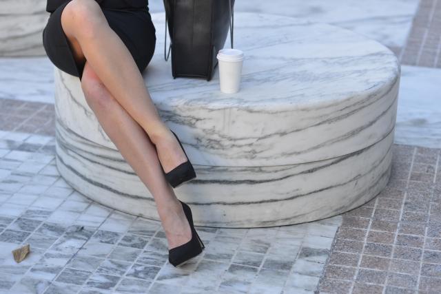 パンプス痛くないものの選び方!疲れず靴擦れしないためやブランドのおすすめは?