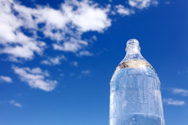 赤ちゃんにイオン飲料は必要?熱中症対策や水分補給になる?飲み過ぎはダメ?